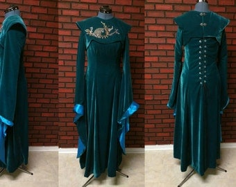 Sansa Stark teal velvet dress with detachable beaded direwolf embroidered collar, Game of Thrones season 6 cosplay costume, medieval costume