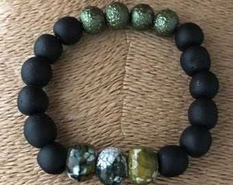 Chic Man Series - Black Glass Bead Bracelet with decorated glass and olive pearl bead features