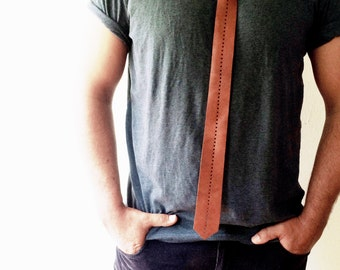 Boyfriend gift, Leather Tie, Bolo Tie, Mens Accessories, Casual Tie, Perforated Leather, Gift for him, Boho accessoires for men, Wedding tie