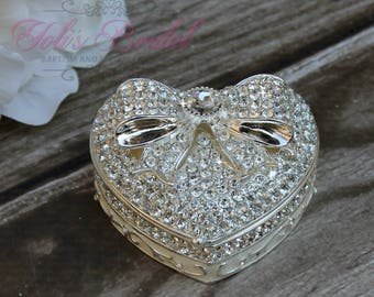 FAST SHIPPING!! Beautiful Heart Jewelry Box, Wedding Ring Box, Heart Shaped Box, Sparkling Jewelry Box, Wedding Gift, Heart with Bow Box