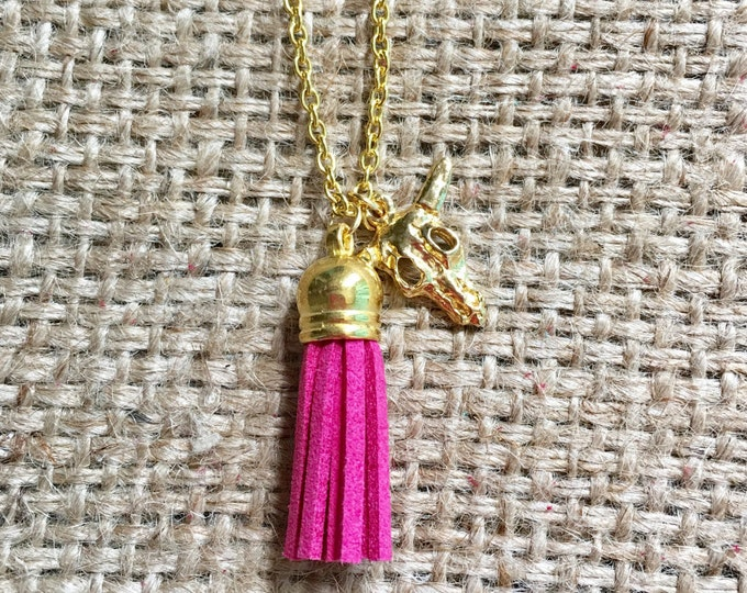Pink EO Necklace, Diffuser Necklace, Tassel EO Jewelry, Suede EO Necklace, Oil Diffuser Jewelry, Aromatherapy Jewelry, Tassel eo Necklace