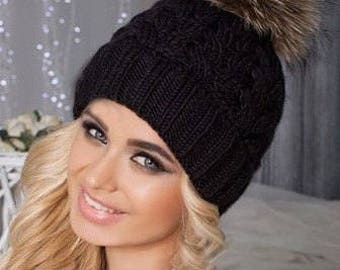Real fur pom pom hat, gift mom, college dorm girl, black pompom hat, knit beanie, womens winter hat, chunky hat, knit cloche hat, black hat