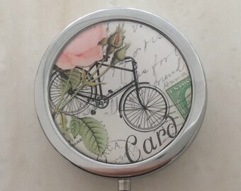 Pill, jewelry and little treasure / BOXE/ Bicycle