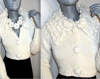 BETSEY JOHNSON Ivory/White Large Button Down Long Sleeve Cable Knit Cardigan Sweater S/M