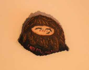 "Harry Potter Rubeus Hagrid ""i love monsters!"" felt pin felt brooch"