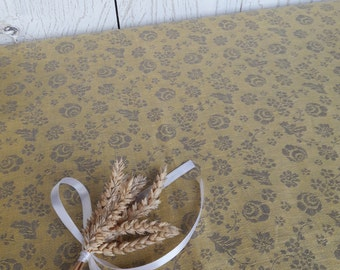 Linen tablecloth Rose table cloth Yellow linen Flower tablecloth Pure linen Square tablecloth Modern Floral tablecloth Country cottage Gift