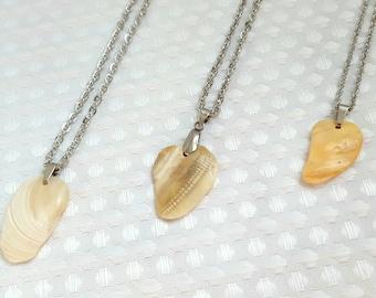 Necklace pendant minimalist shell Bohemia