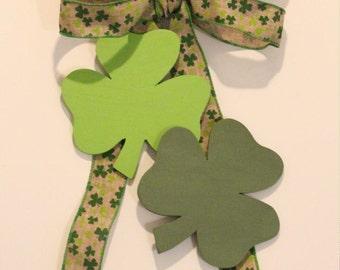 St. Patrick's Day Bow & Shamrock Wood Shapes