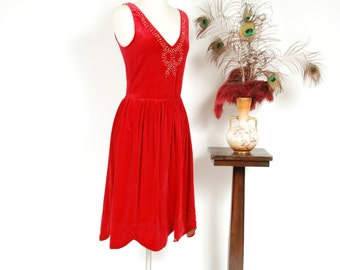 Vintage 1920s Dress - Crimson Red Cotton Velveteen 20s Flapper Dress with Studded Rhinestone Bow & Gold Lamé Lined Scalloped Hem - Minxette