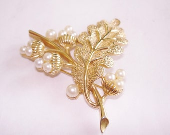 Signed Crown Trifari Leaf  Pearl Brooch