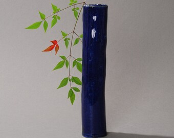 Ikebana Flower Arrangement vase. Blue