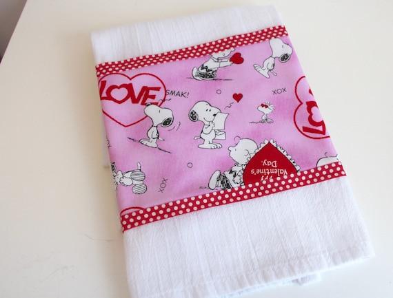Peanuts Snoopy Valentines Hand Towel Tea Towel