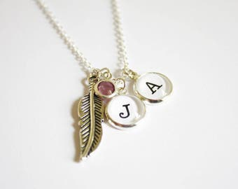 Custom initial necklace. Friendship. Bestfriends. Gift for her. Love. Photographer gift. Booklovers. Photography lovers. Personalized