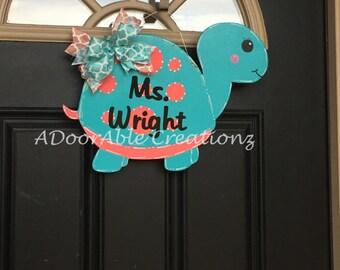 Turtle Door Hanger, Turtle Teacher Door Hanger, Teacher Appreaciation Gift, Teacher Christmas Gift, Classroom Decor, Gift for Teacher