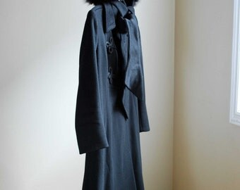 1980s Black Wool Coat with Fox Fur/ French Wool Coat with Fur/ Fox Fur Coat/ Size S