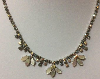 Vintage 1950's Mother of pearl and rhinestone necklace