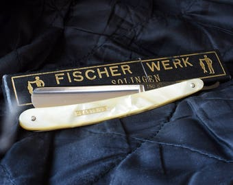 Solingen, Heartring Fischer werk  vintage straight razor, shave ready, vintage razor, mens grooming, gifts for men gifts for him.