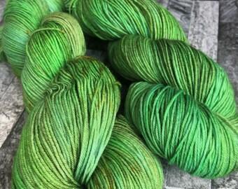 Salazar - Hand Dyed 75/25 Superwash Merino Nylon - 100g 400m - Sock Yarn