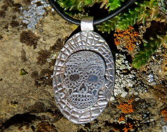 Oval Silver Sugar Skull pendant, Day of the Dead pendant, sugar skull necklace, day of the dead necklace, goth jewelry, gothic jewelry, gift