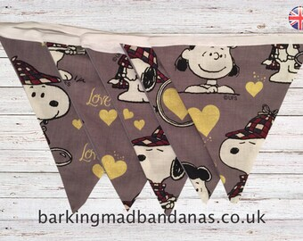 Snoopy Bunting, Double sided Bunting, Handmade Children's Bunting, Nursery Bunting, Baby Shower Bunting, Baby Bunting, Children' Bedroom, UK