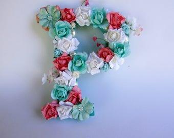 Flower letter P - Floral name letter - Nursery wall letter - Wedding decor - Custom name letter - Personalized letter - Flower name letter