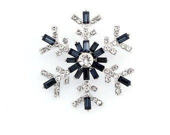 Snowflake Brooch, Navy Blue Wedding Brooches, Snowflake Bridesmaid Brooch, Blue Bridal Snowflake, Dark Blue Crystal Brooches