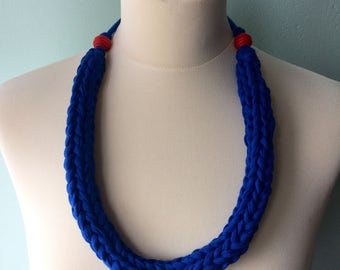 SET - hand knitted jersey necklace and bracelet - bright blue - red beads - chunky