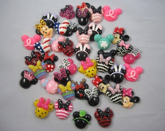 NEW set of 5 Minnie Mouse flat back resin cabachon scrapbook hair bow center