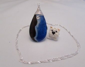 Tri colour quartz pendant wih chain