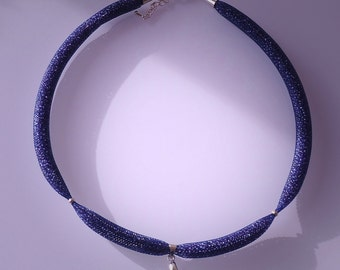 Mesh and beads blue/purple necklace with Swarovski pendant