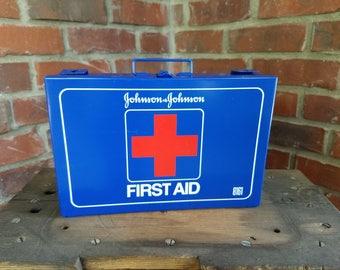 Johnson & Johnson First Aid Kit. Emergency kit, first aid box, metal first aid box, wall mount first aid kit, Johnson 8161, band aid box