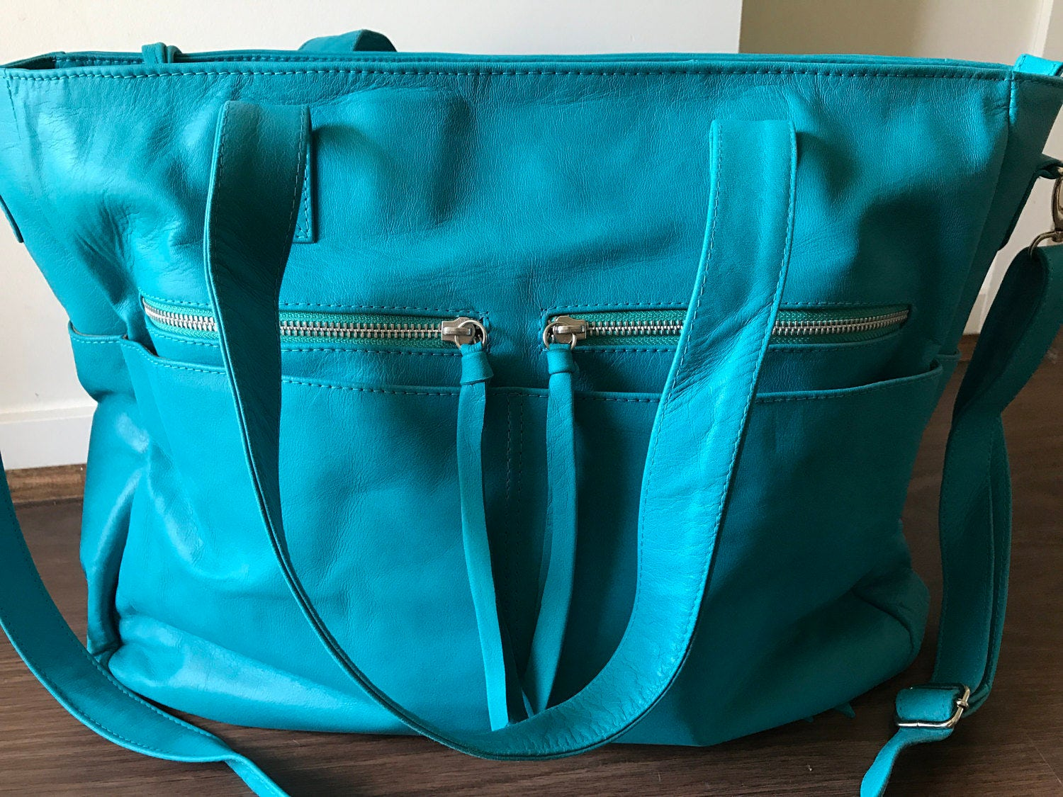 Perfect work bag leather tote. Computer bag with lots of pockets ...