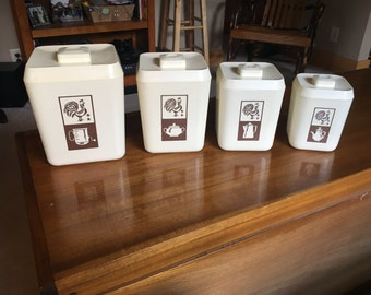 Set of 4 Vintage Lustro Ware Canisters