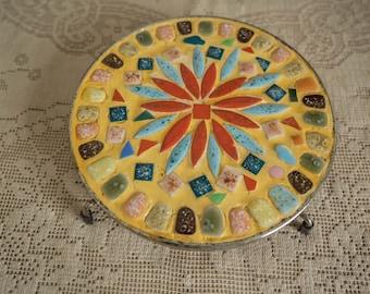 Retro Vintage Round Footed Mosaic Tile Teapot Trivet - Farmhouse Kitsch