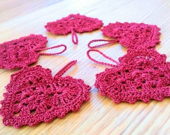 Heart hanger~crochet hearts~Lace heart embellishments ~Christmas ornament~Valentines Day decoration-set of 5