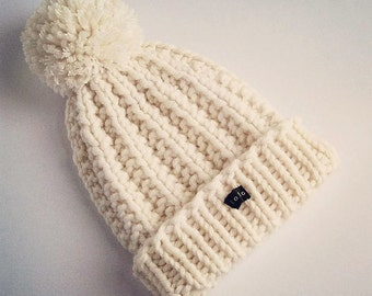 HoBo Handmade 'Lofty' Bobble Hat. Thick chunky hand knitted beanie. Large removable pom pom. Winter white cream ecru wool blend Medium/Large