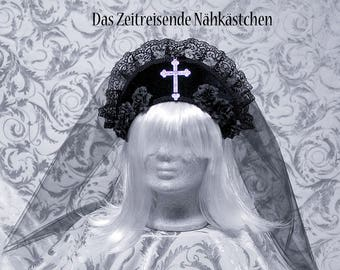 Kokoshnik, Tiara, Crown with extra-long veil, gothic
