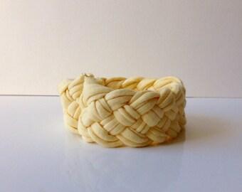 Bracelet in fabric, yellow bracelet, braided bracelet, four-strand braid, cloth jersey, fabric bracelet recycled, upcycling.