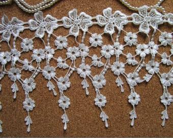 2 yards off white bridal antique lace trim, black jewelry Lace, necklace lace, venise lace trim, vintage cascading lace