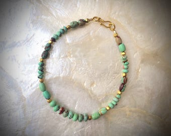 bracelet with McGinnis turquoise mint green beads and solid gold 18 karat 20k