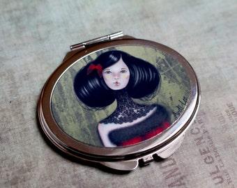 "Compact mirror ""La belle asiatique"". Pocket mirror. Makeup mirror. Double mirror. Purse mirror. Exclusive drawing and printing by Andi Lee."