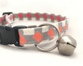 Modern breakaway Cat Collar/Pink and Grey Graphic Cat Collar/Breakaway Cat Collar/Modern Cat Collar/Safety Cat Collar/Girl Collar/Trendy