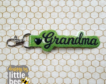 Grandmother, grandma snap tab - mother's day keychain design gift - key fob, keychain ITH design - machine embroidery design - 04 28 2017