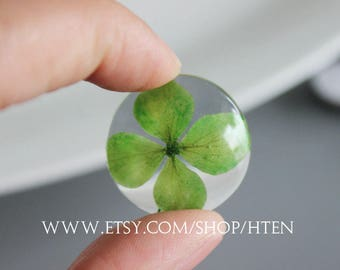 2pcs handmade green Lucky grass flowers 25mm Cabochons