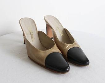 Vintage CHANEL Slip on Two Tone Designer Heels