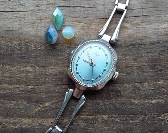 Vintage Watch Womens, Watch Luch vintage, mechanical watch womens USSR, womens wrist watch, old mechanical watch, Gift for her