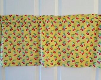 Retro cherries kitchen yellow and red curtain valance