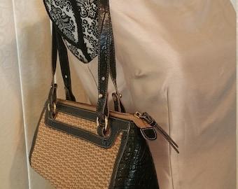 Brahmin Leather & Straw Shoulder Bag with Adjustable Straps. Med Sized