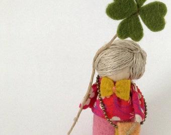 Miniature doll Ouatine lucky charm