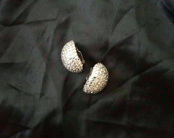 Vintage Clip On Earrings W Rhinestones.